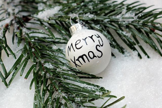 Christmas Bauble, Christmas Ornament, Merry Xmas, Snow