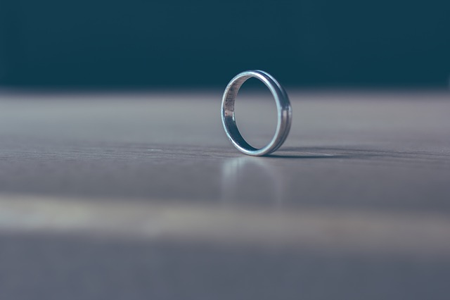 Solo Ring, Table, Metal, Brilliant, Celebration