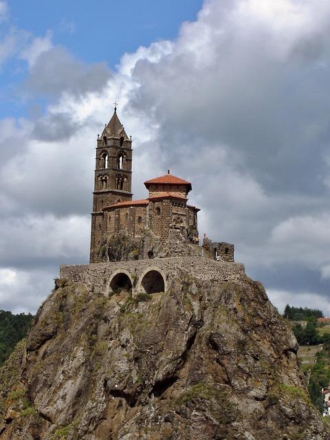 Puy In Velay, Michel Saint Rock, Church