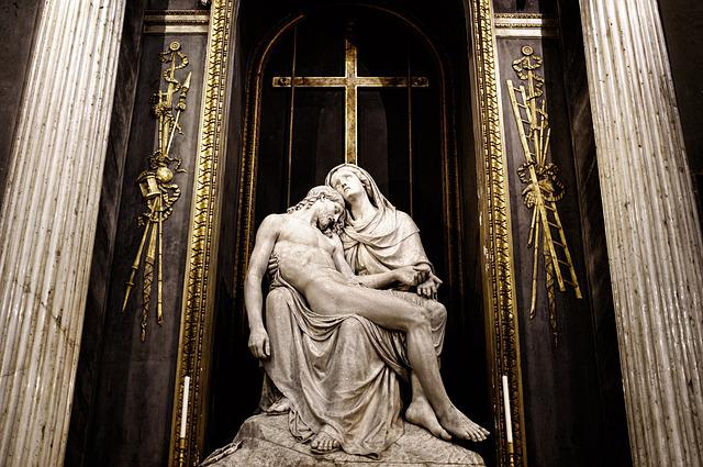 Jesus, Skul′prura, Church, Milan, Italy