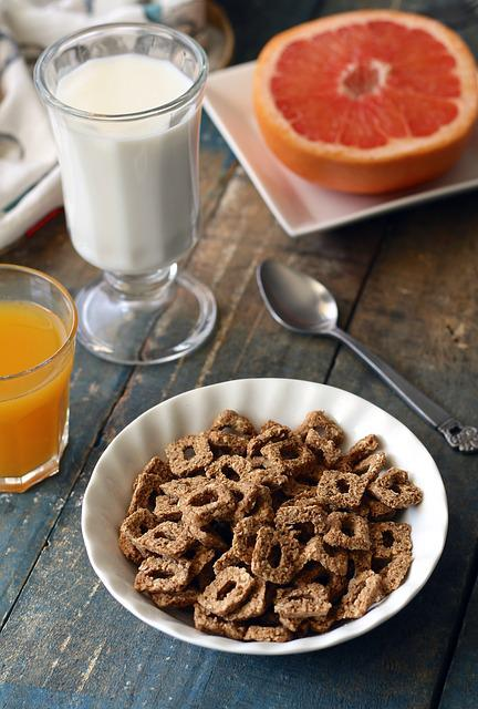 Cereal, Fiber, Breakfast, Grapefruit, Juice, Milk