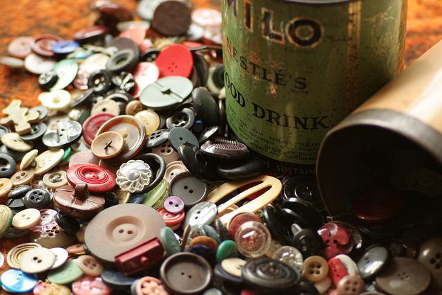 Buttons, Button Tin, Sewing, Vintage, Milo, Circle, Tin