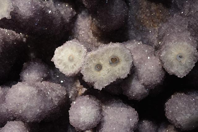 Amethyst, Crystal, Violet, Gem, Mineral, Quartz