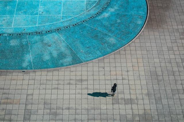 Minimal, People, Urban, Minimalism, Woman, Water, Pool