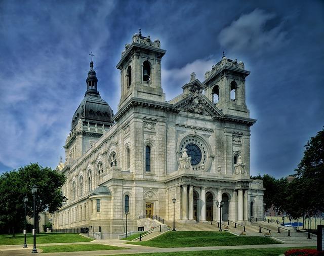Basilica, Saint Mary, Minneapolis, Minnesota, Sky
