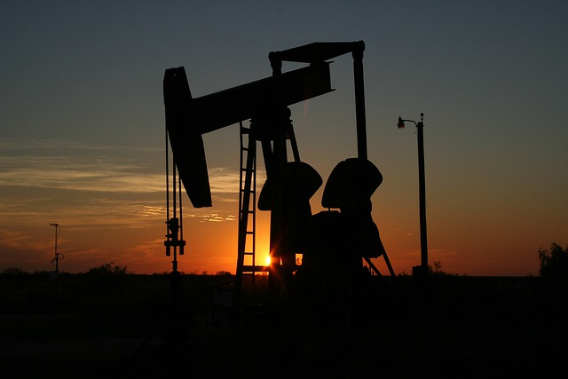 Oil, Monahans, Texas, Sunset, West Texas, Sillhouette