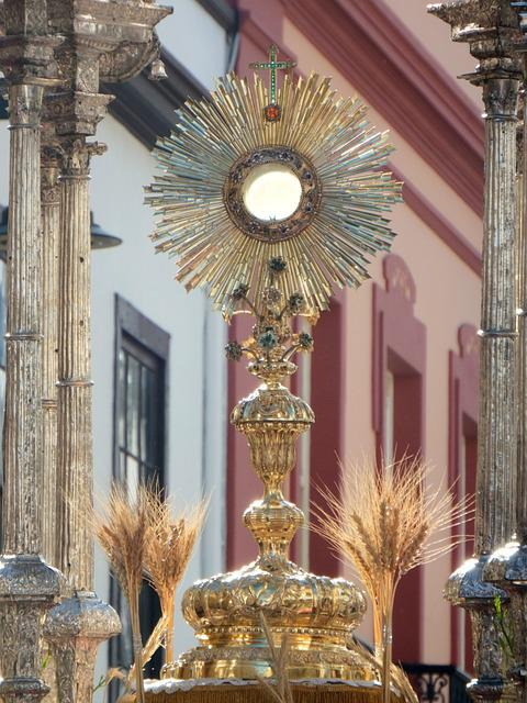 Eucharist, Eucharistic Procession, Monstrance