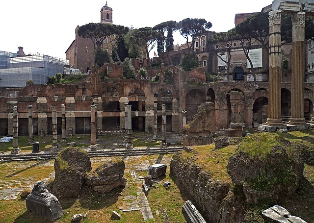 The Roman Forum, The Ruins Of The, Monuments