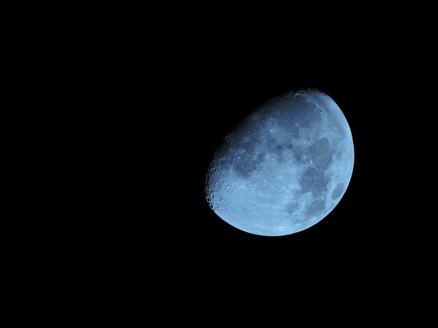 Moon, Blue Moon, Astronomy, Moonlight, Cosmos, Space