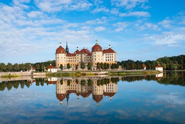 Castle, Moritz Castle, Saxony, Mirroring, Water, Lake
