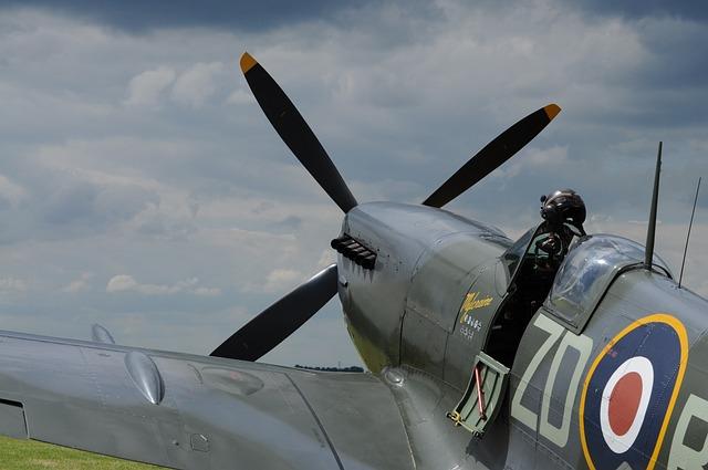 Aircraft, Military, Spitfire, Flying, Propeller, Motor