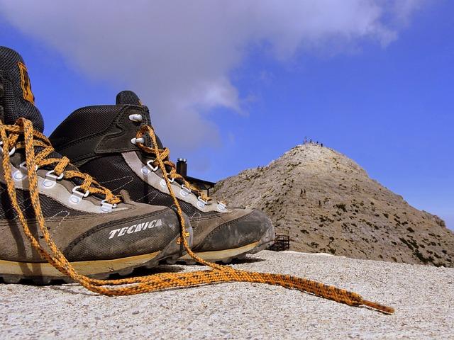 Boot, Mountain, Top, Carega, Refuge, Fraccaroli, Walk