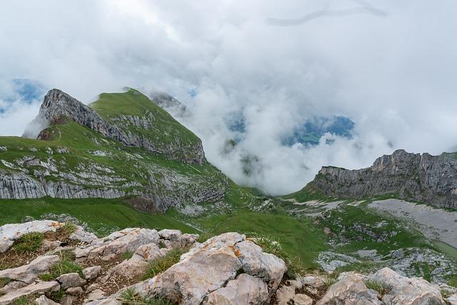 Earth Hour, Clouds, Mountains, Inntal, Innsbruck