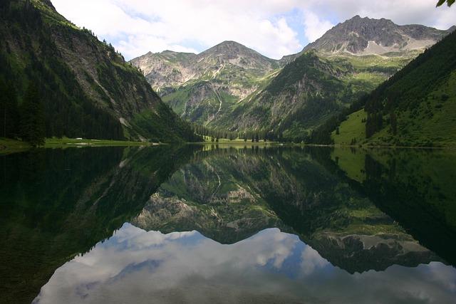 Tannheimertal, Vilsalpsee, Water Spieglung, Mountains
