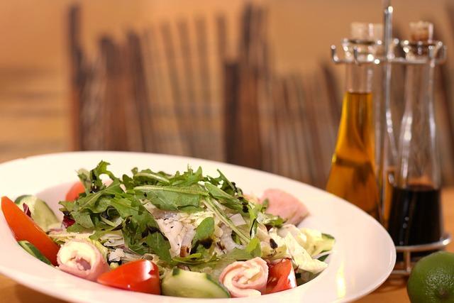 Salad, Tomatoes, Cheese, Eat, Meal, Basil, Mozzarella