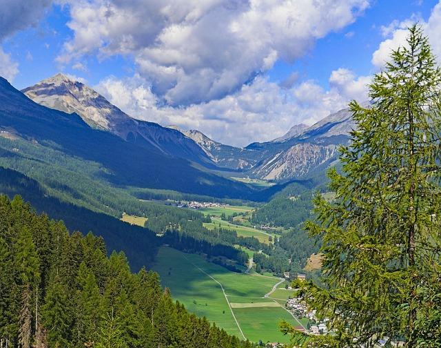Switzerland, Münstertal, Oven Pass, Engadin