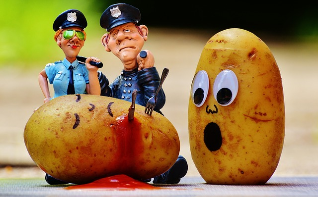 Potatoes, Murder, Blood, Police, Investigations, Funny