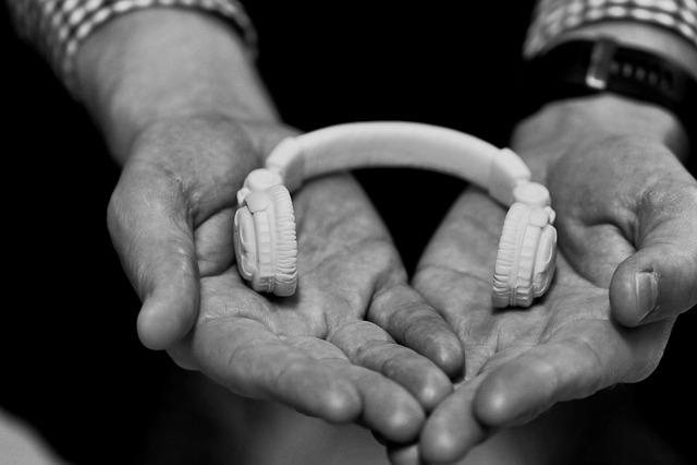 Headset, Small, Music, Hands, Earphone