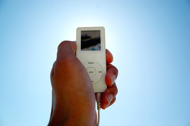 I-pod, Mp3-player, Hand, Sky, Portable, Music Player