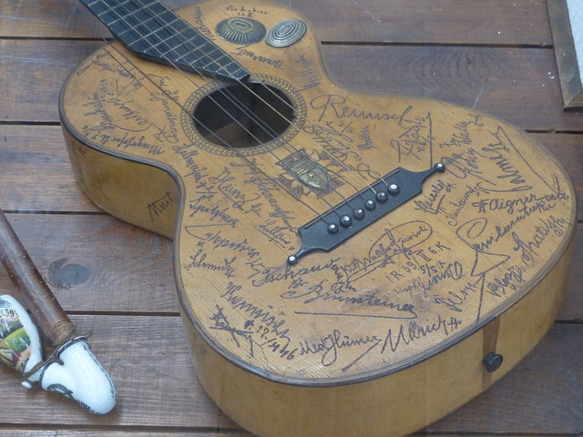 Guitar, Engraving, Musical Instrument, Walther Fiorioli