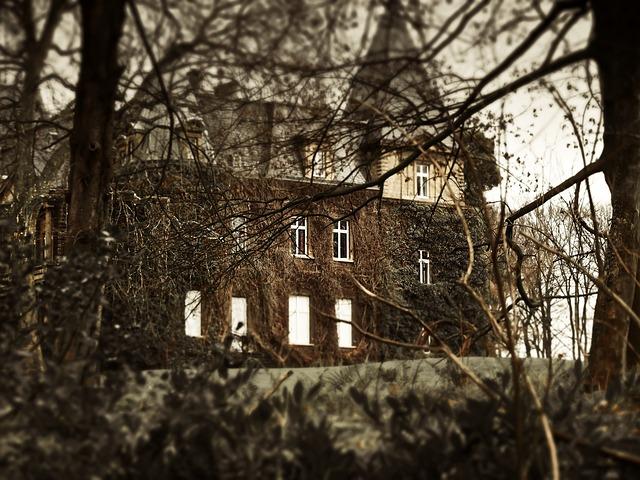 Haunted House, Weird, Creepy, Mystical, Atmosphere