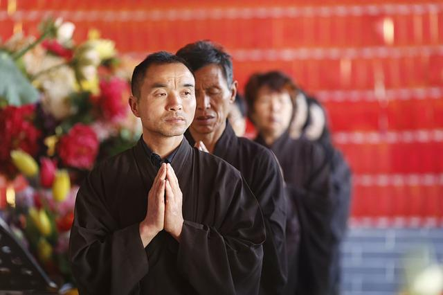 Namaste, Lay, Monastery, Zheng Guanyin Temple, Red