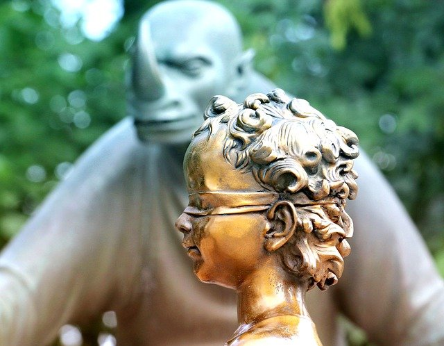 Sculpture, Boy, Gold, Fear, Neizvesno, Bandage, Monster
