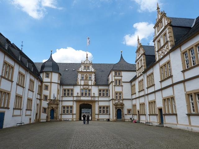 Paderborn, Castle, Neuhaus, Schloß Neuhaus