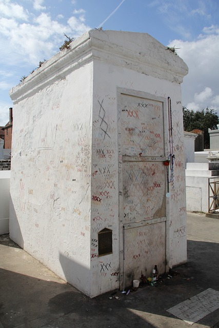 Free Photo New Orleans Tomb Nola Cemetery Marie Laveau