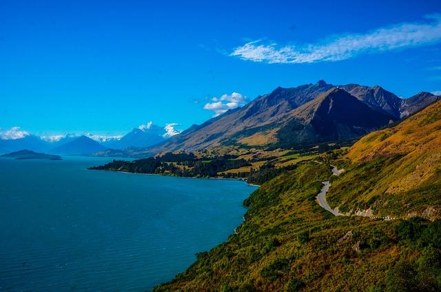 Million Dollar View, Queenstown, New Zealand, Mountains