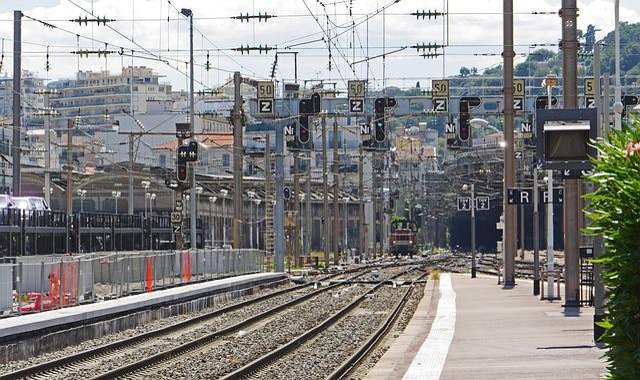 Railway Station, Nice, Tunnel, Urban Landscape, Gantry