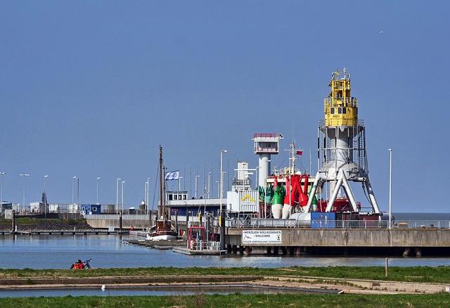 Seaport, North Sea, Cuxhaven, Tons, Buoys, Mole, Pier