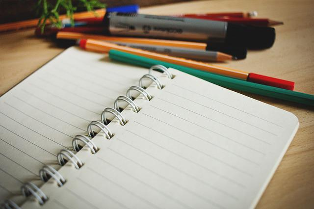 Free photo Notes Pen Lines Note Notepad Paper Desk ...