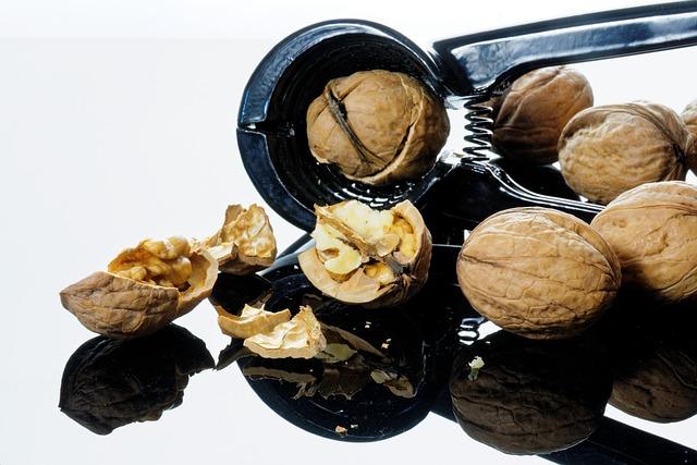 Nut, Nutcracker, Nutshells, Christmas Time, Crack