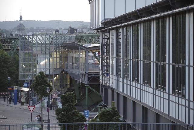 Wuppertal, Oberbarmen, Rittershausen, Schwebebahn