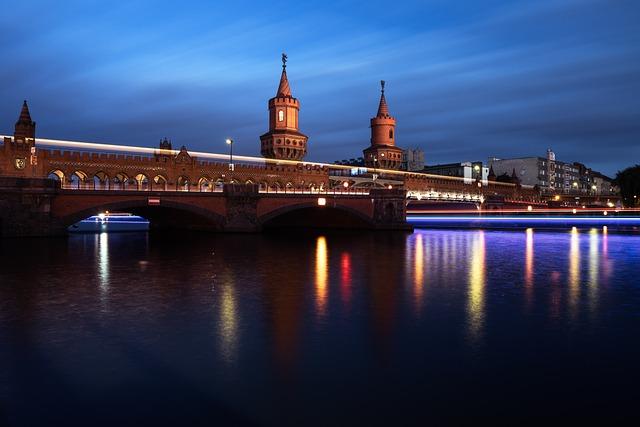 Berlin, Germany, Oberbaum Bridge, Oberbaumbrücke