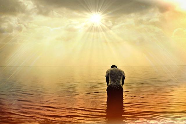 Man, Human, Person, Sea, Ocean, Sun, Sunlight, Sunbeam