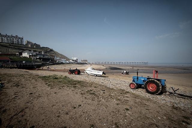 Beach, Pier, Sky, Tractor, Ocean, Travel, Sea, Tourism