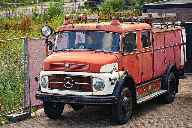 Old Fire Engine, Discarded, Out Of Use, Fire