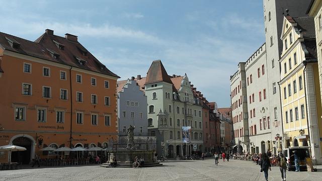 Old Town, Regensburg, Eastern Bavaria, Bavaria, Germany