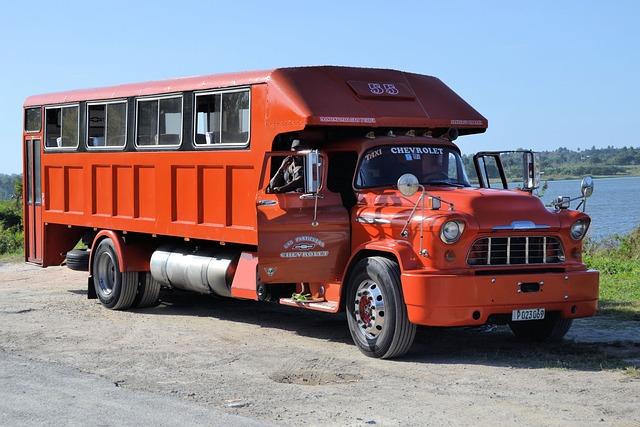 Cuba, Auto, Oldtimer, Truck, Passenger Transport, Red