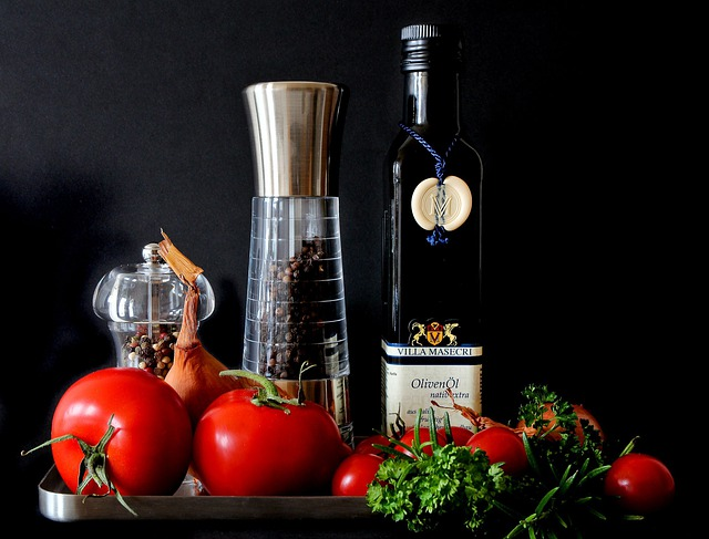 Olive Oil, Tomatoes, Herbs, Spices, Peppercorns