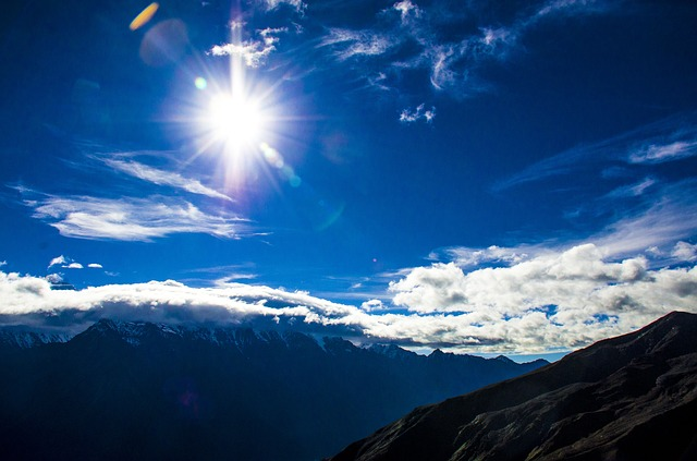 Gongga Snow Mountain, Cloud, Mountaineer, On Foot