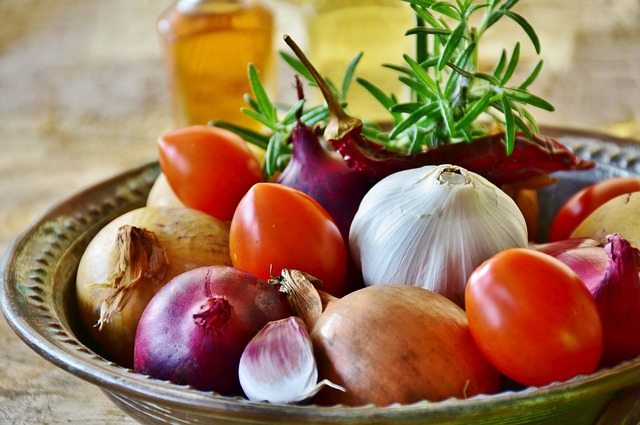 Onion, Red, Yellow, Garlic, Food, Vegetables, Healthy