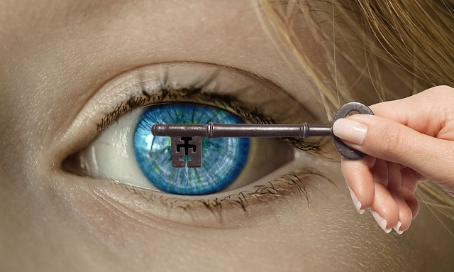 Eye, Key, Hand, Open Eye, Proverb, Figure Of Speech
