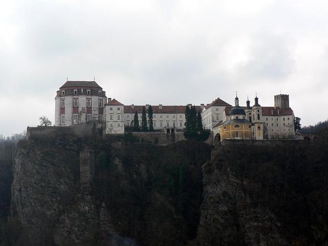 Czech, Vranov Nad Dyjí, Castle, Mountain, Palac