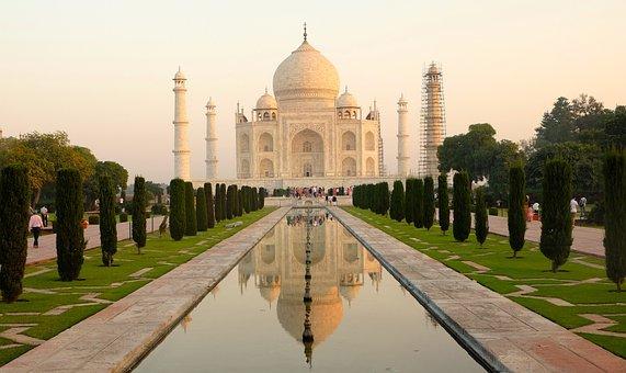Love, Palace, India