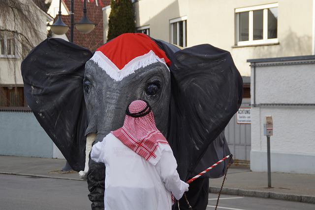 Elephant, Sheikh, Tamer, Circus Elephant, Panel, Move