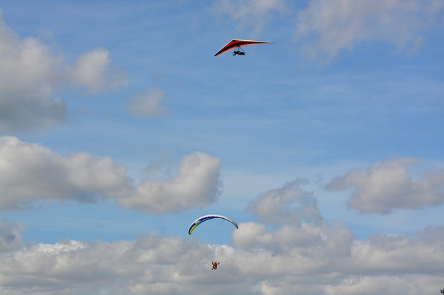 Paragliding, Hang Gliding, Cloudy Blue Sky
