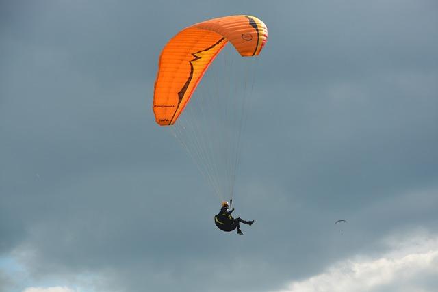 Paragliding, Paraglider, Sailing Orange, Wing Orange